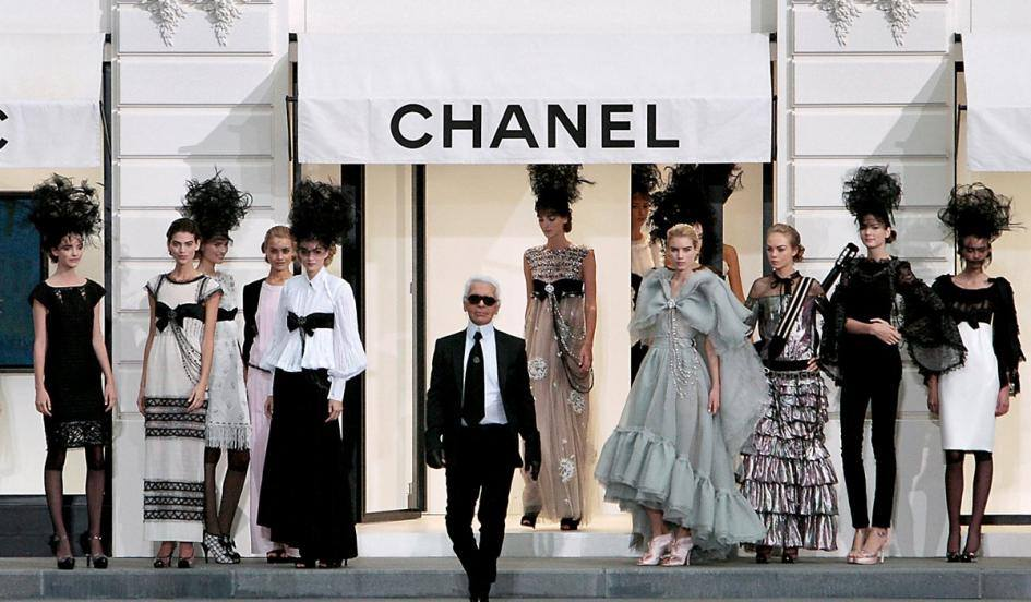 LE SAVIEZ-VOUS… Karl Lagerfeld